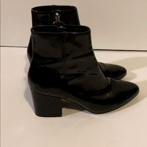 Dazzling Topshop black patent-look boots size 6.5